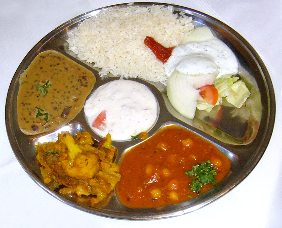 Indisches Curry Thali